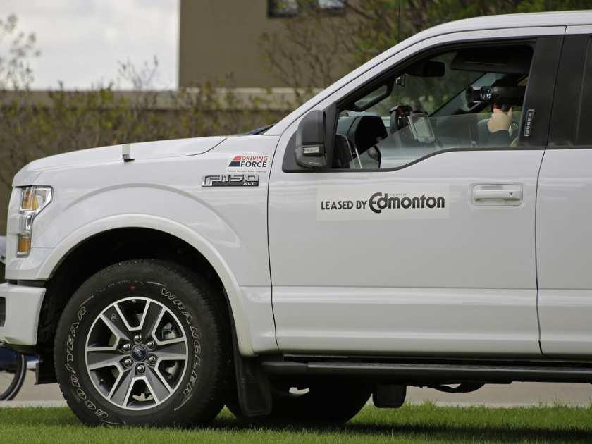 A photo radar operator monitors traffic on Saskatchewan Drive near 86 Avenue on Wednesday May 17, 2017.